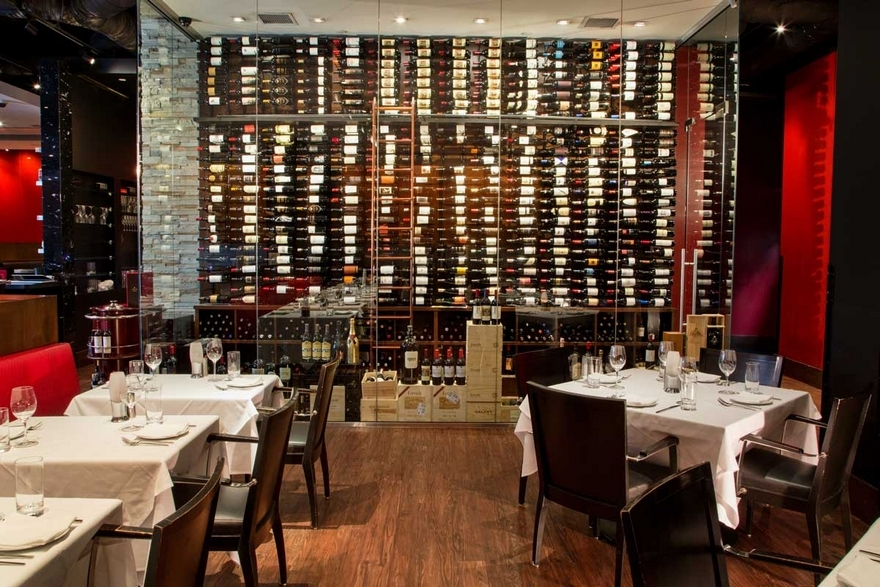 Although renderings of designs for Red The Steakhouse Pittsburgh are still in the works, operators project decor and design comparable to that of the restaurant's other locations in Northeast Ohio and Miami Beach, Florida.
